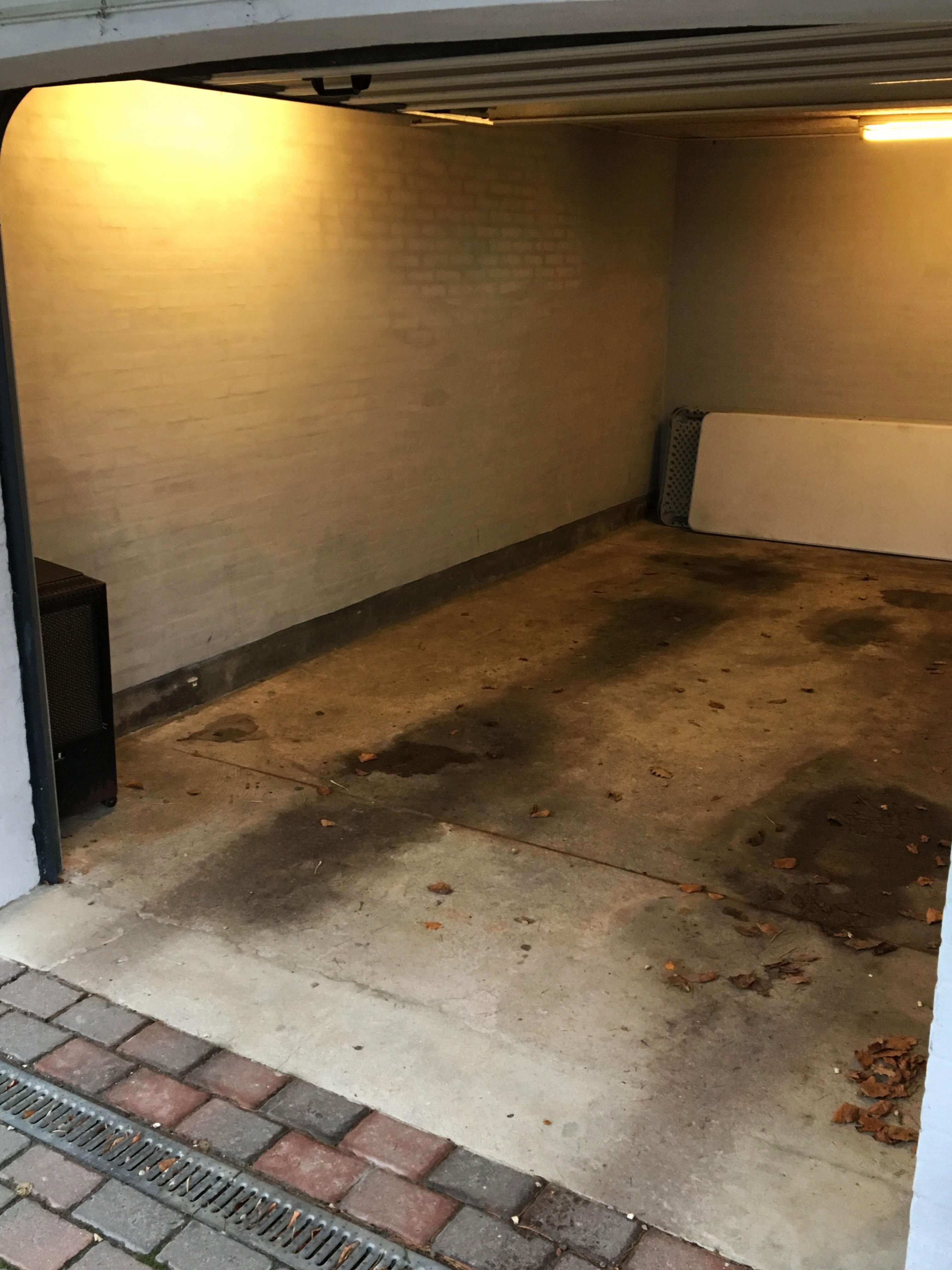 Beskidt garage