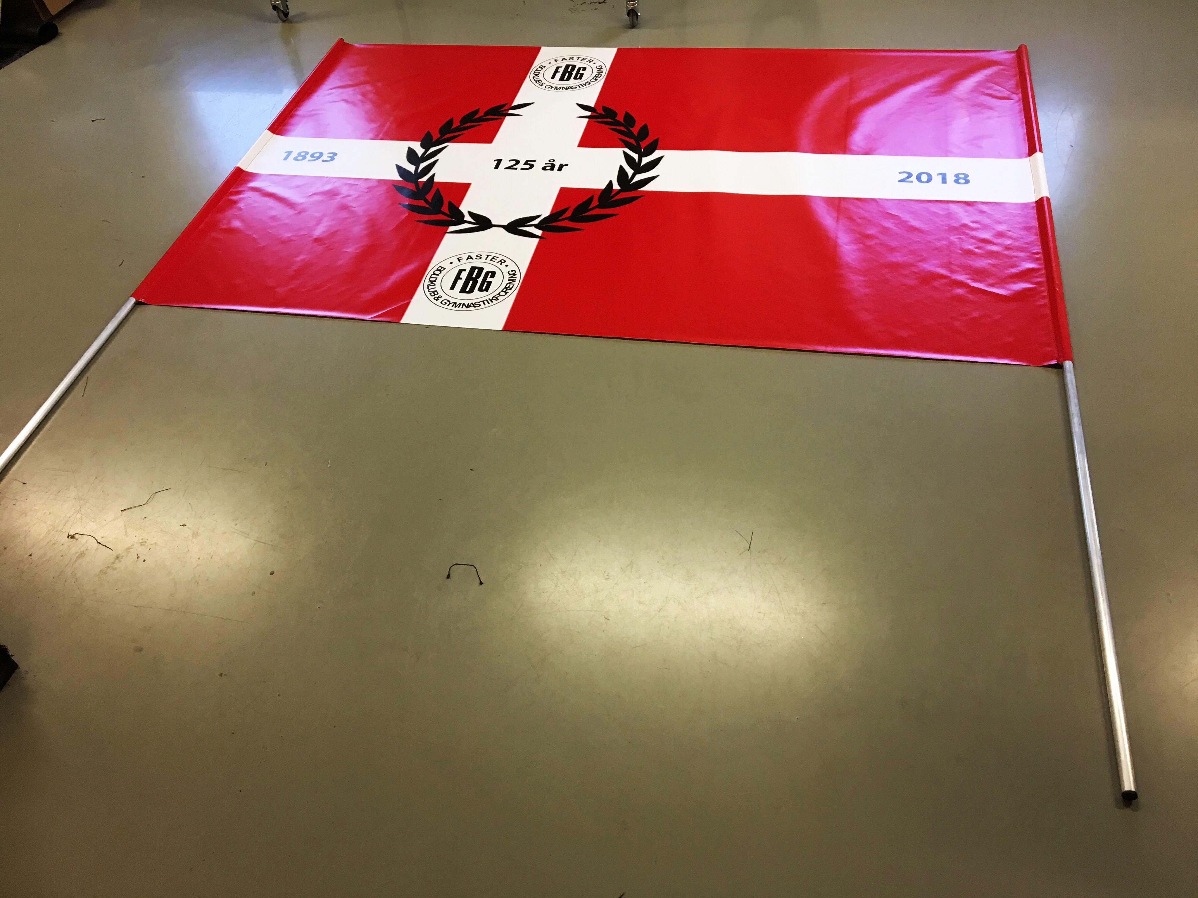 Sportsflag til Faster Boldklub og Gymnastikforening - med rør